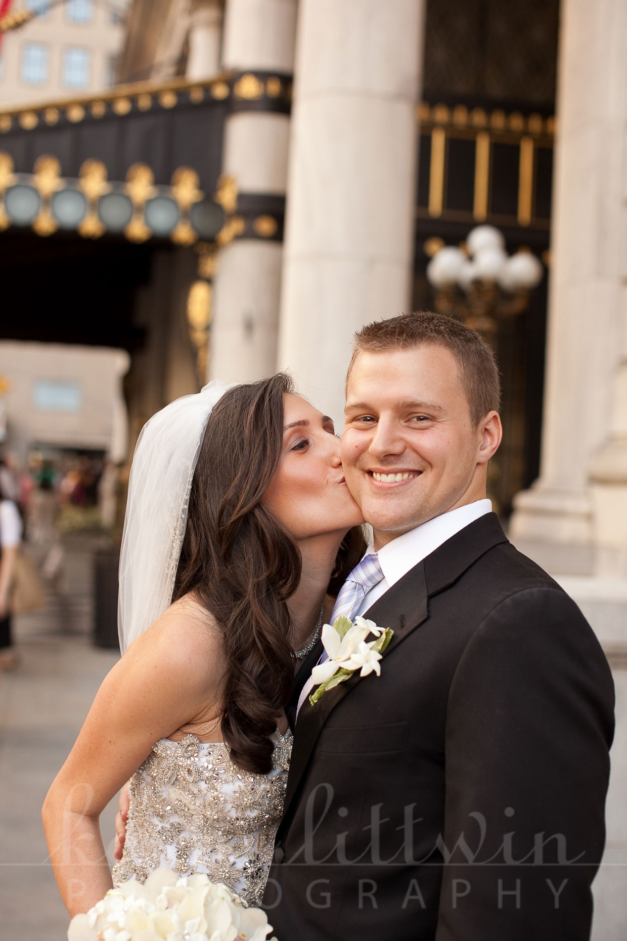 Kathi_Littwin_Photography_Plaza_NYC_Wedding-2034